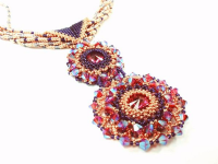 Rivoli Grande Pendant Beadwork Jewellery Kit with SWAROVSKI® ELEMENTS Fuchsia and Fuchsia AB2x